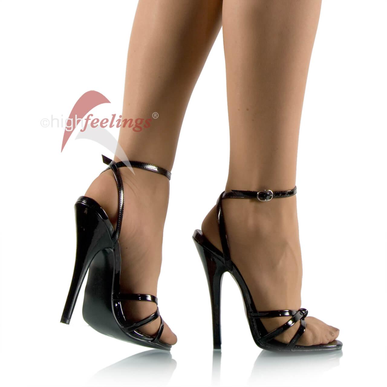 zu große high heels