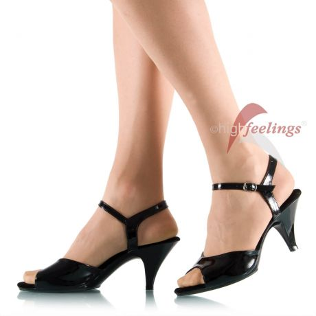 Sandaletten mit Absatz in Übergröße