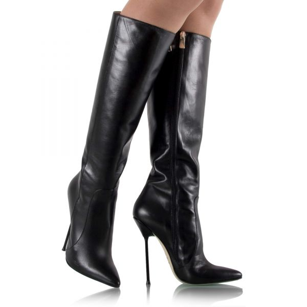 Stiletto Stiefel mit Metallabsatz