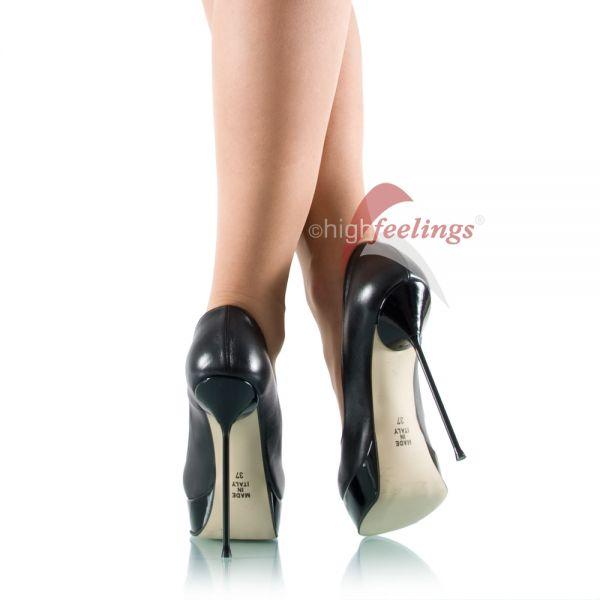 Warum tragen Frauen High Heels?