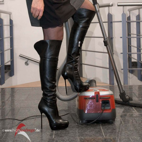 Was Frauen alles (nicht) in High Heels tun